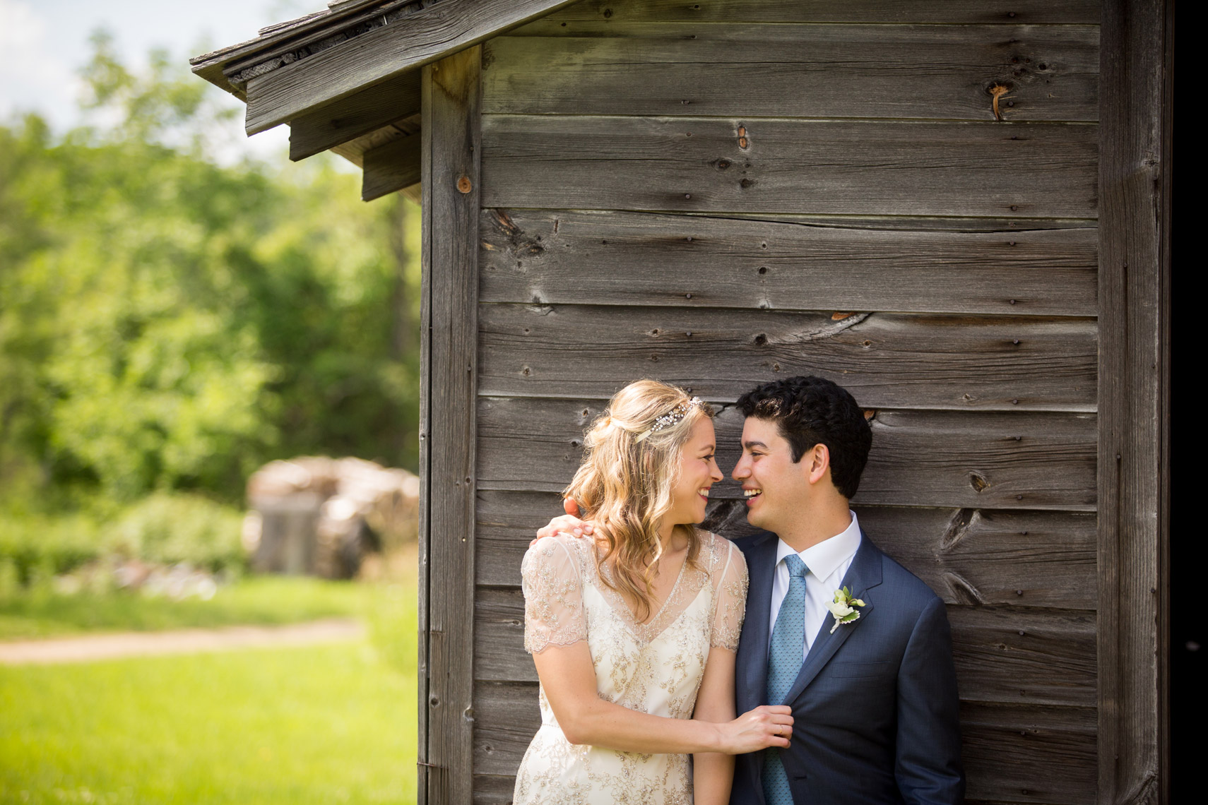 bride-groom-weddings-Gedney-Farm-Berkshires-sarma-and-co