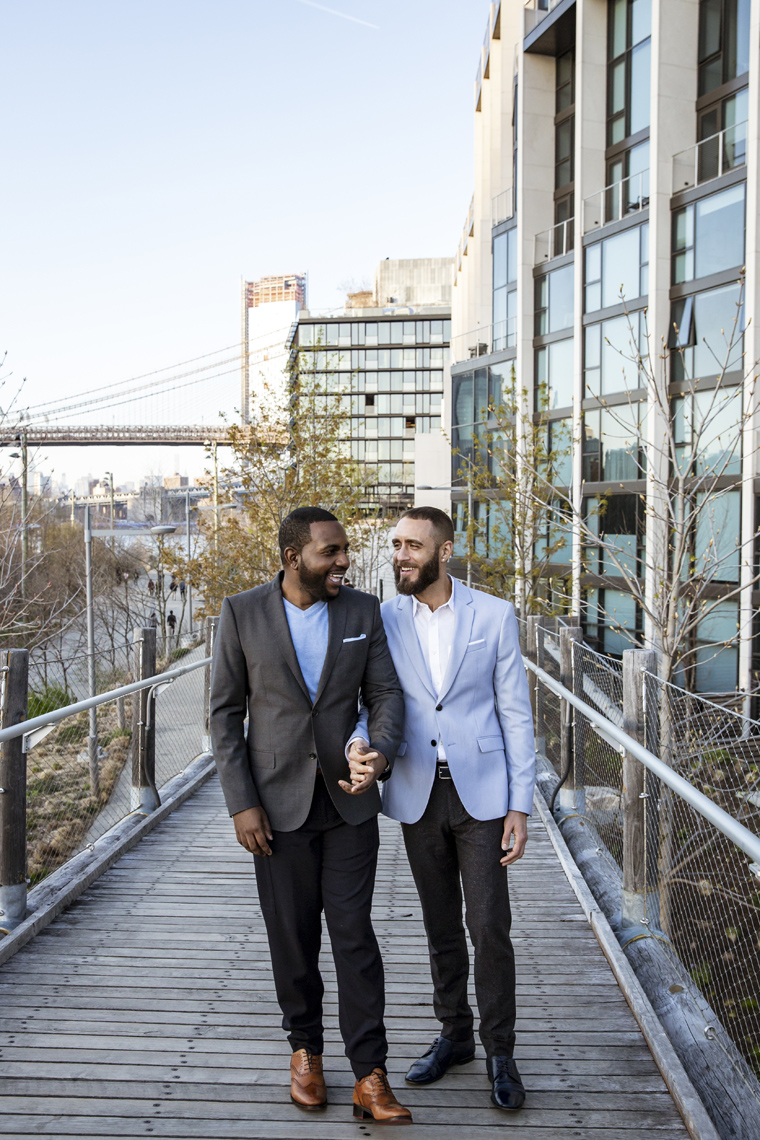 Brooklyn-Dumbo-Engagement-session-same-sex-couple