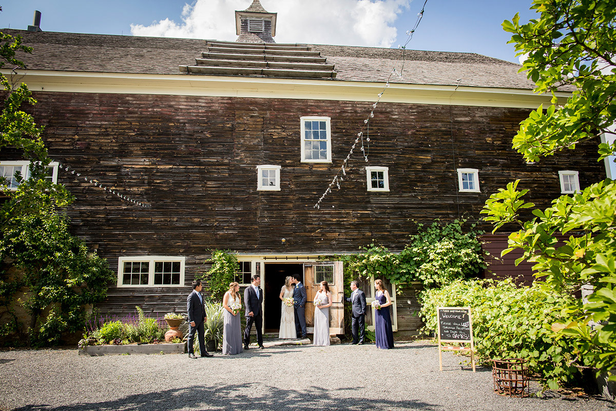 Gedney-Farm-Berkshires-Wedding-party-sarma-and-co
