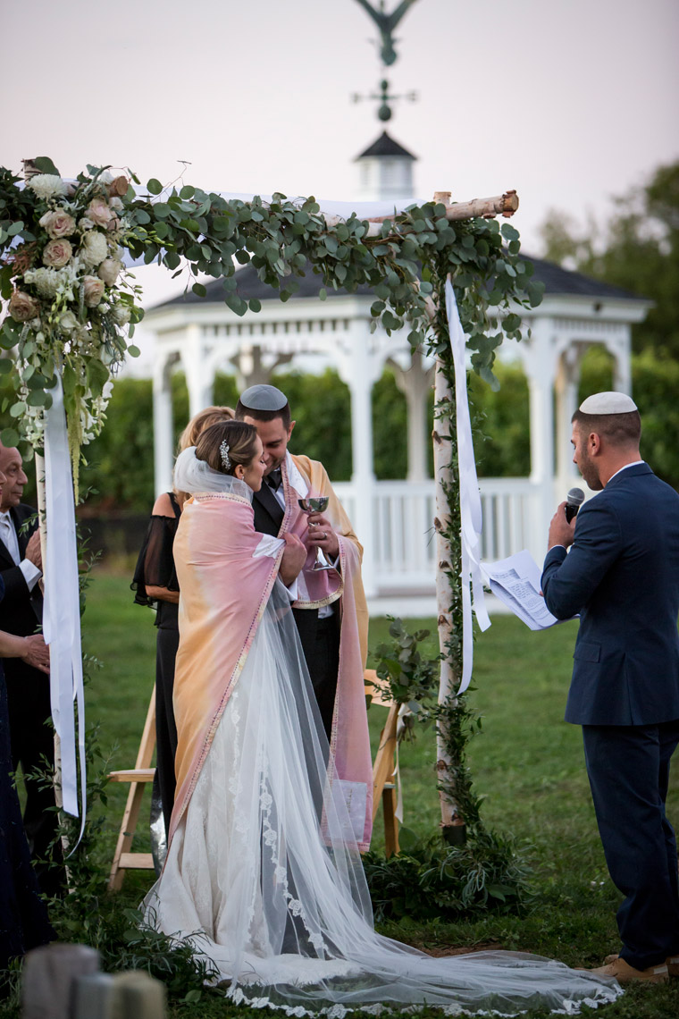 wedding-Duckwalk-Vineyards-wedding-photographer-chuppah-ceremony-sarma-and-co