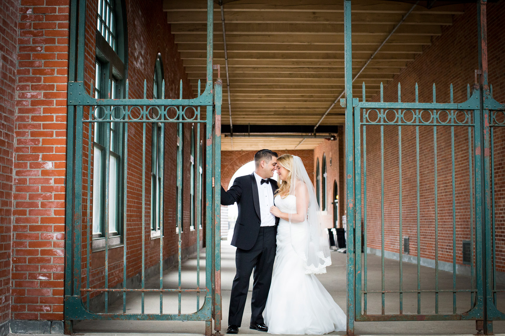 liberty-state-park-maritime-parc- wedding-photographers