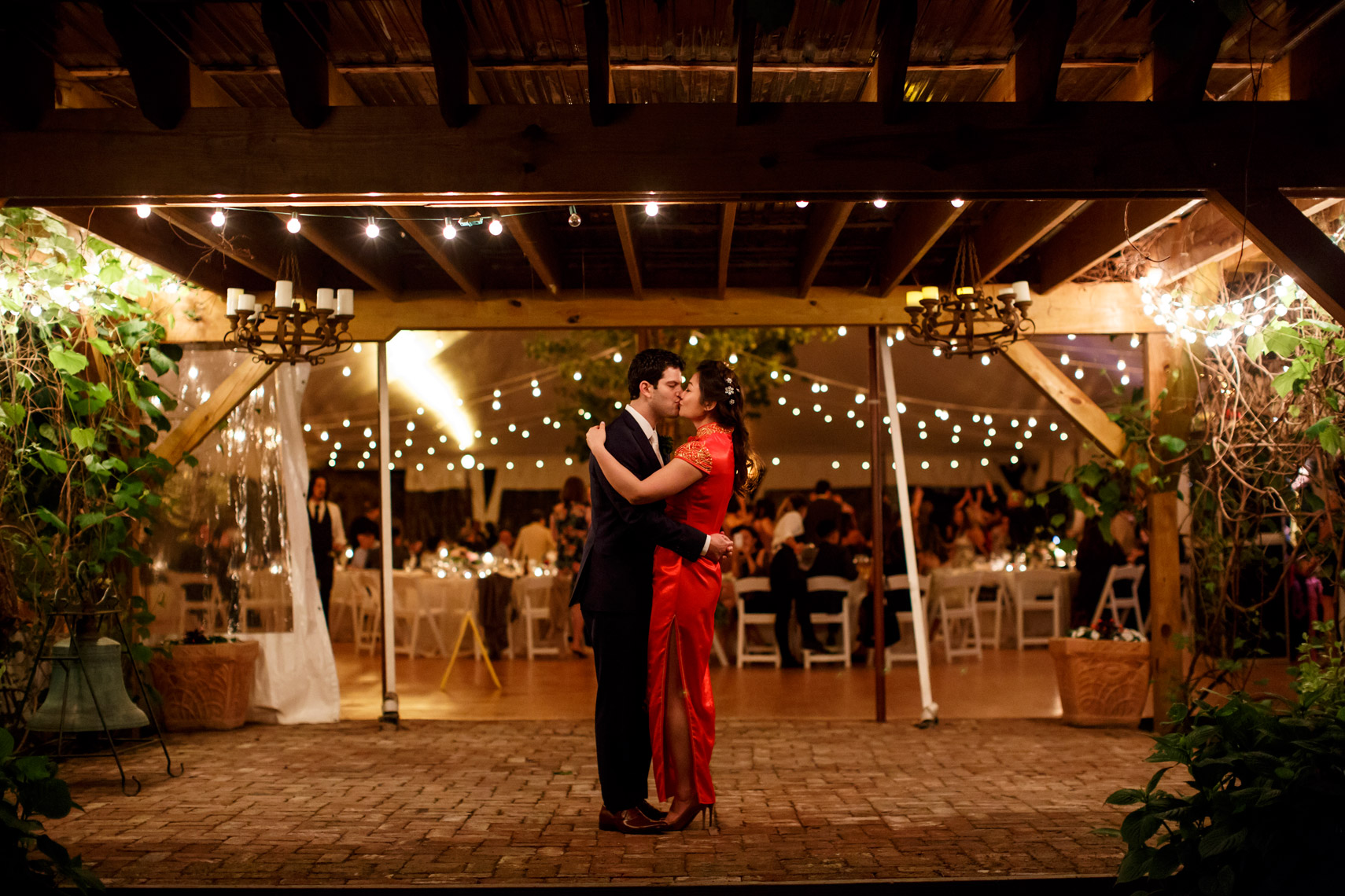 couple at the end of the night of their wedding reception at Red Maple Vineyard