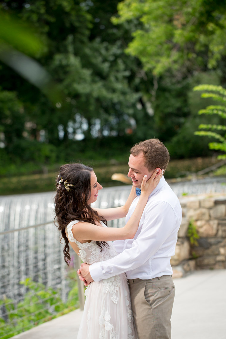 The-Roundhouse-at-Beacon-Falls-bride-groom-portrait