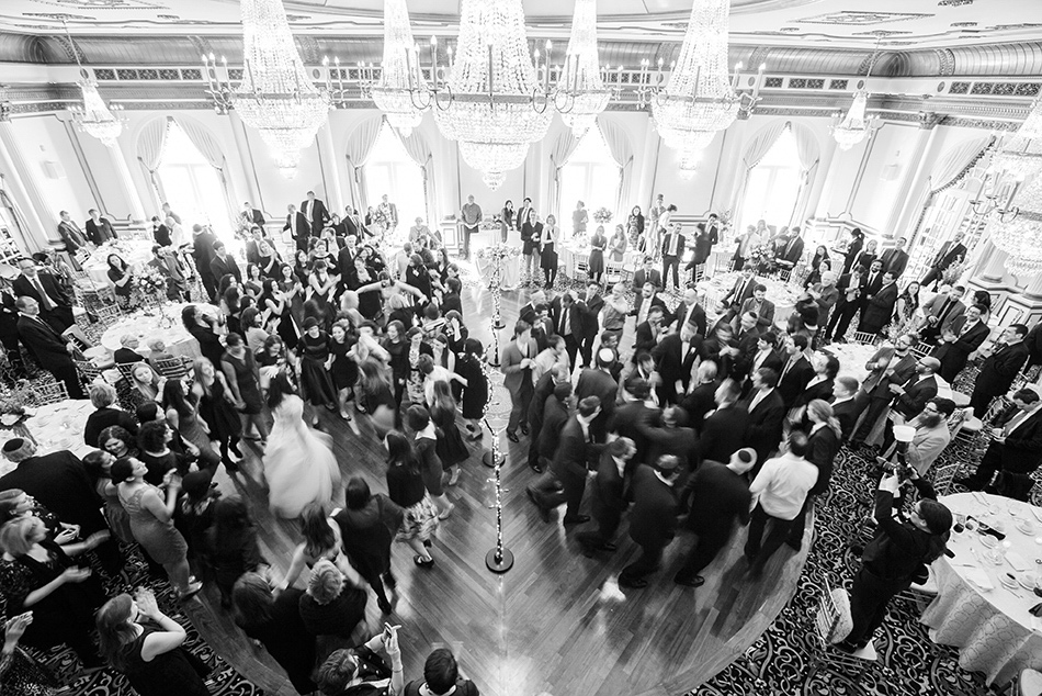 Orthodox-Jewish-wedding-ceremony-hora-NJ wedding venue